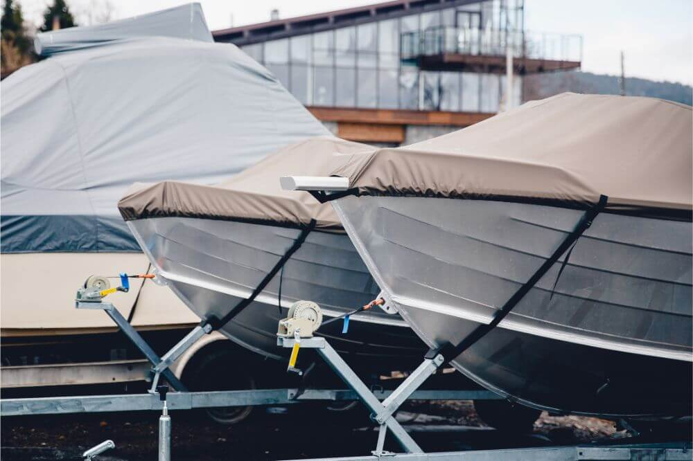 How To Cover A Boat With A Tarp
